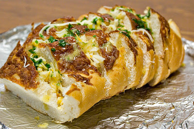 Italian bread stuffed with cheese and garlic