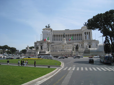 The-Altare-della-Patria-The-National-Monument-to-Victor-Emmanuel-II-Rome-Italy