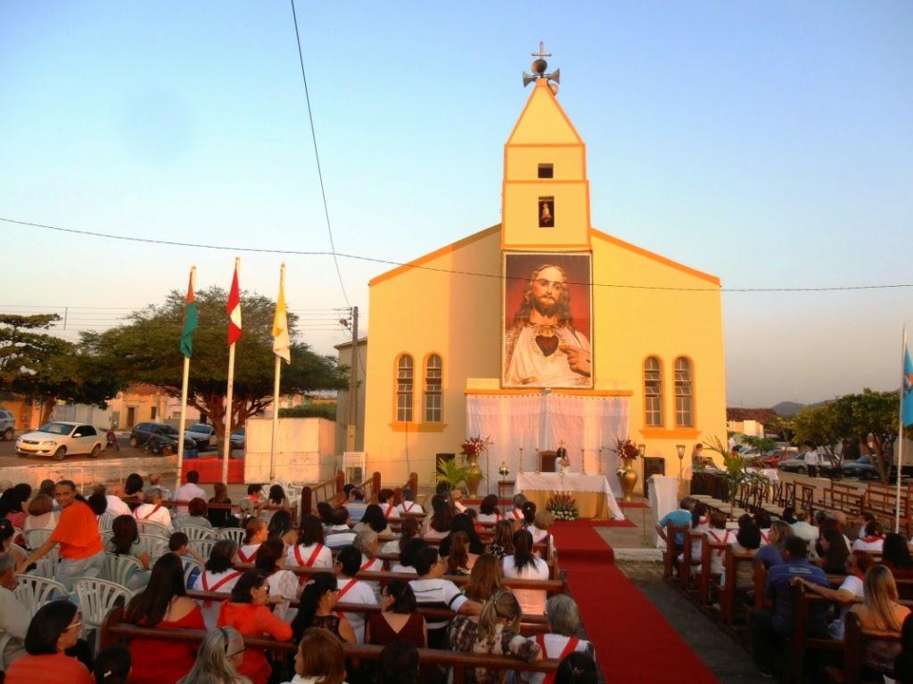 Imagens da Missa de encerramento da festa em honra ao Sagrado Coração de Jesus 2014
