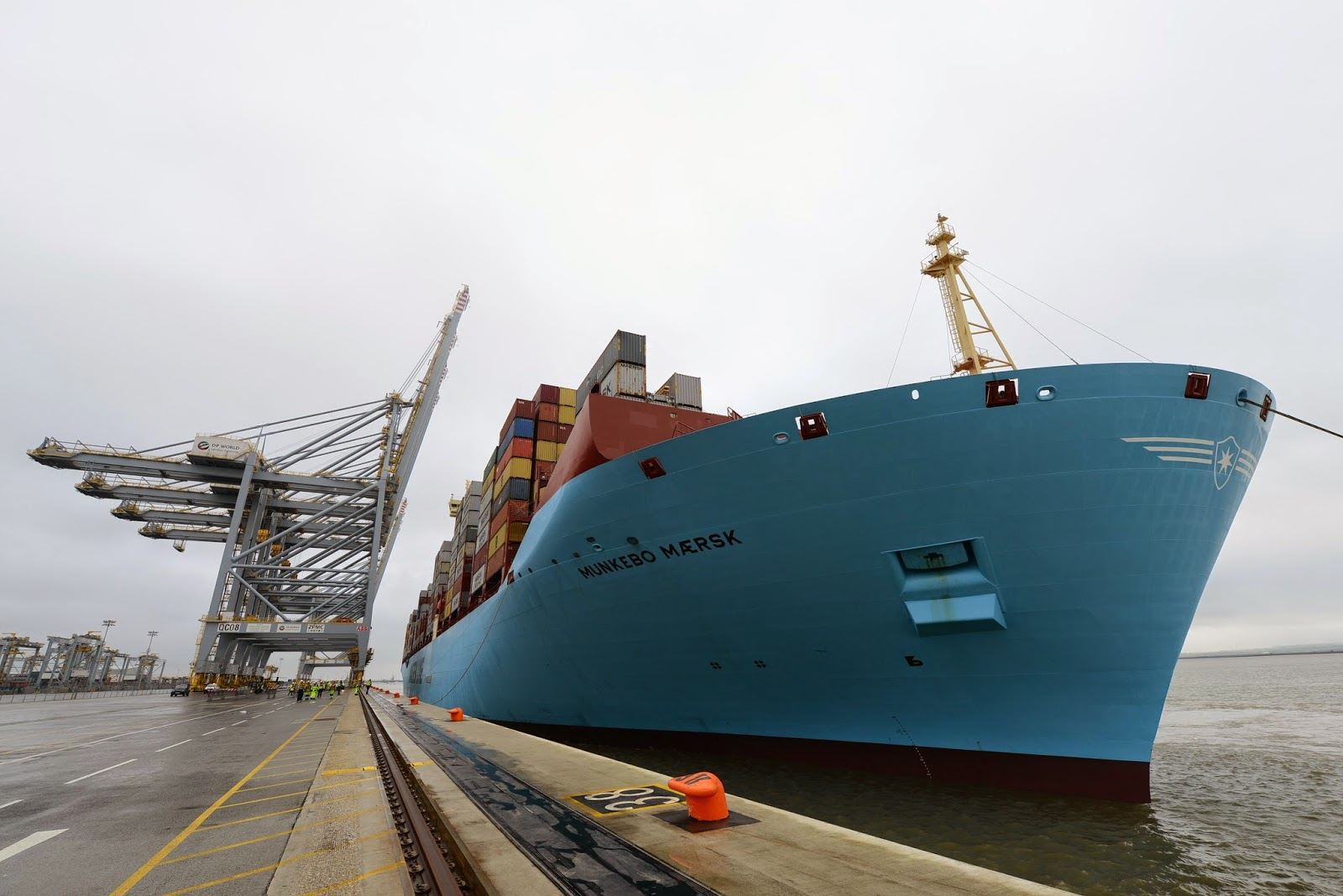 Maersk triple-E vessel breaks record for largest ship to sail on Thames