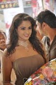 Asmita sood at Jos Alukkas Vijayawada Showroom-thumbnail-4