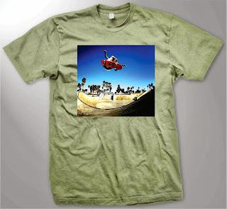 camisa em cromia com a fotos de uma manobra de skate