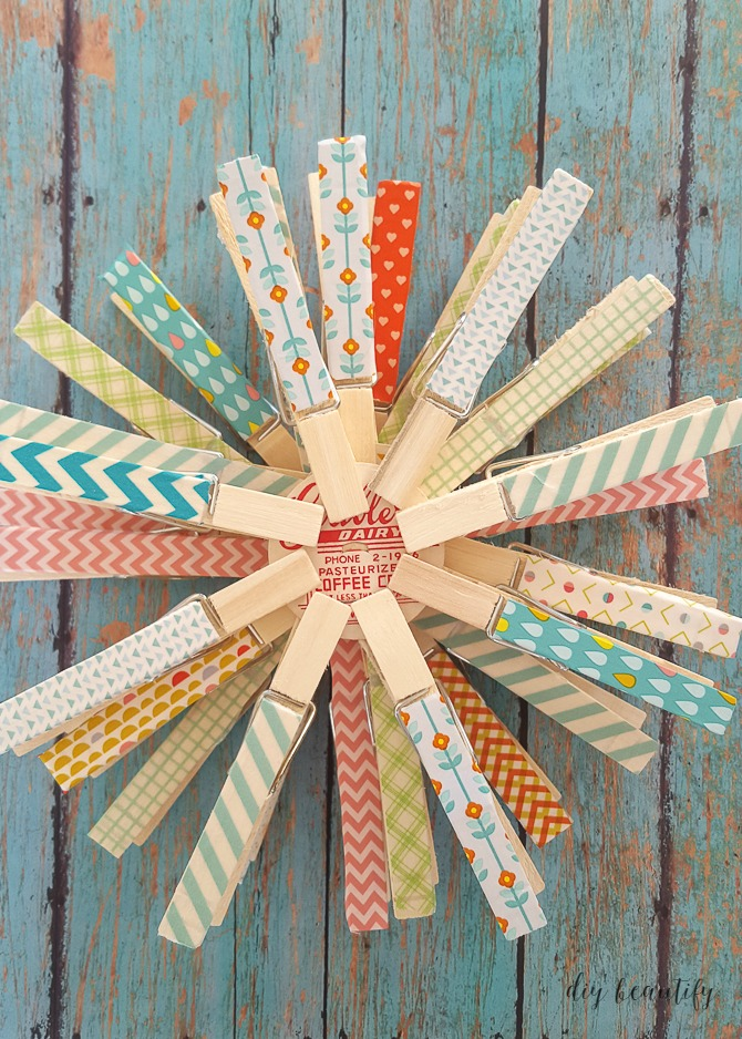 These washi tape snowflakes are so easy to put together and make a colorful statement! Get the tutorial at diy beautify!