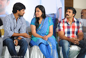 Yeto Vellipoindi Manasu Success Meet-thumbnail-12