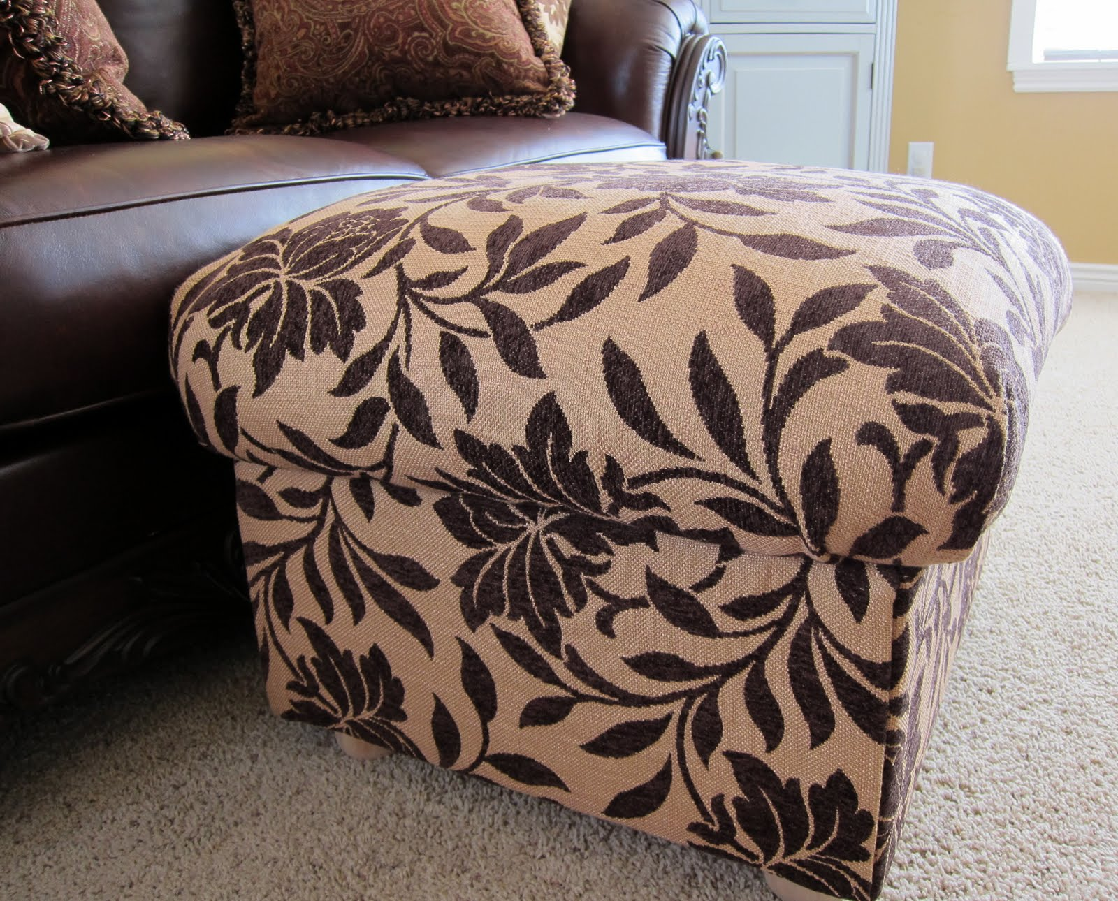 Do it yourself divas diy ottoman build your own from scratch solutioingenieria Image collections