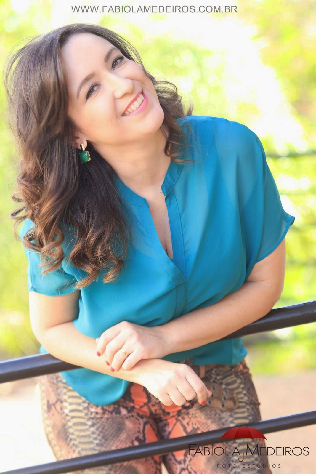 Oi! Eu sou a Camila. :)