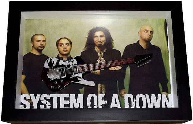 mini guitarra Ibanez Daron Malakian