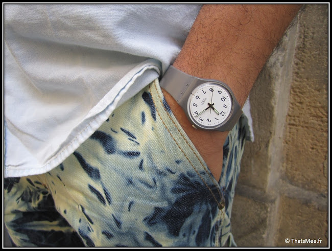 montre Swatch simple couleur taupe hommes