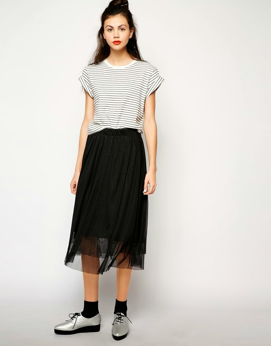Modest tulle midi maxi skirt | Mode-sty #nolayering tznius tzniut jewish orthodox muslim islamic pentecostal mormon lds evangelical christian apostolic mission clothes Jerusalem trip hijab fashion modest