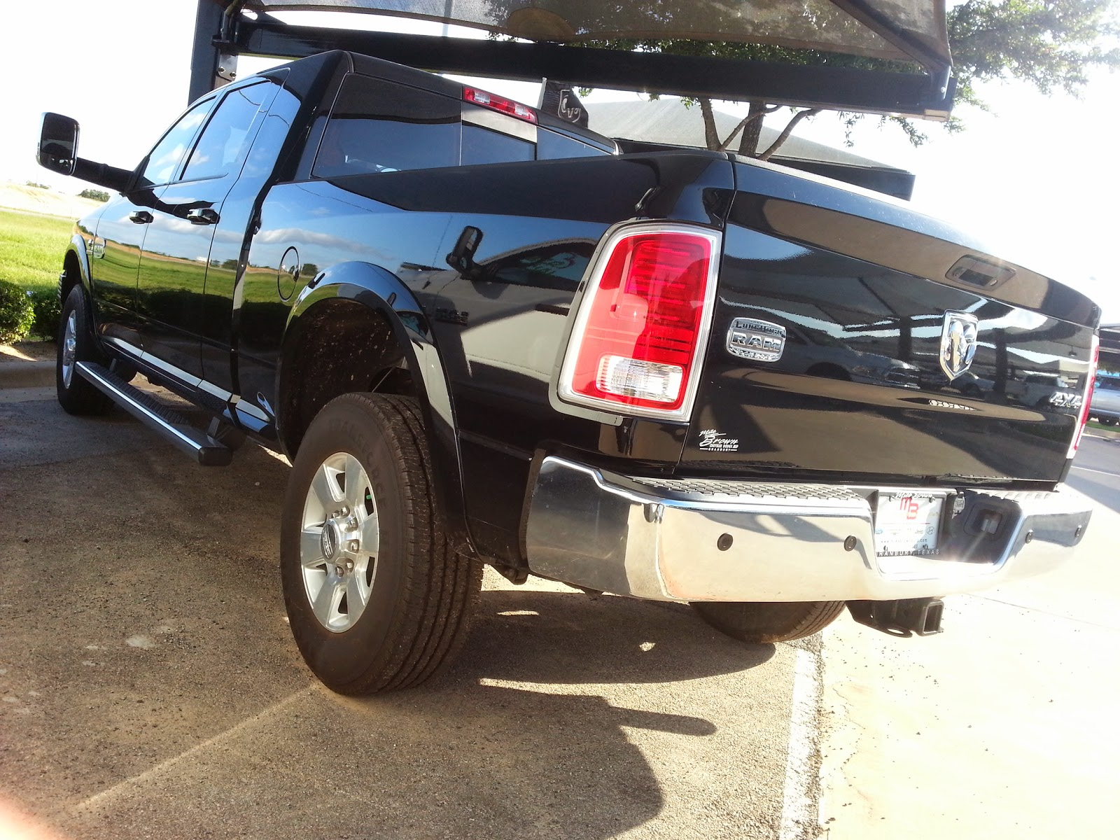 Tdy sales 57516 new 2013 ram 3500 swr longhorn cummins diesel tdy sales do it yourself trick it out ram 3500 leveling kit bigger tires and more httptdysalescat893 solutioingenieria Choice Image