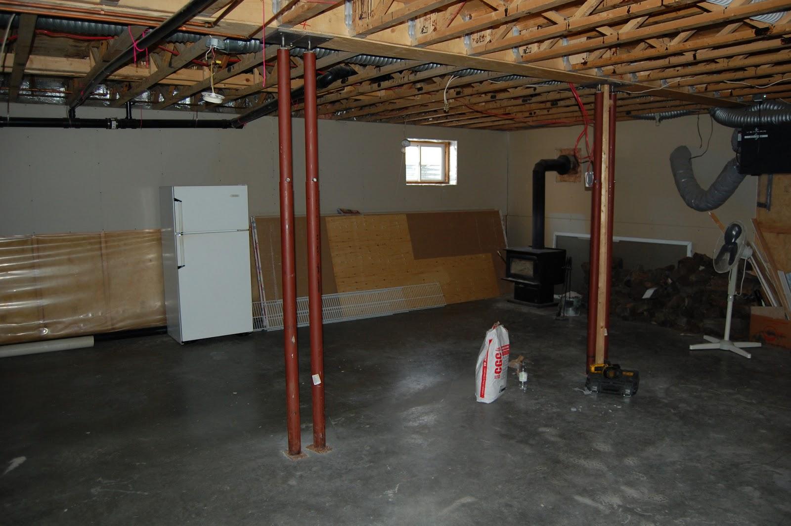 amenagement sous sol avant apres vh17 jornalagora. Black Bedroom Furniture Sets. Home Design Ideas