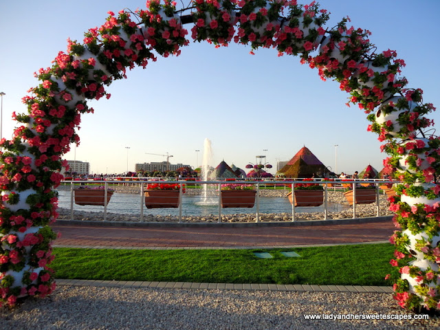 arcs at Dubai Miracle Garden