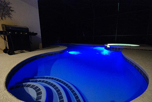 Parati lazer piscinas com leds - Leds para piscinas ...
