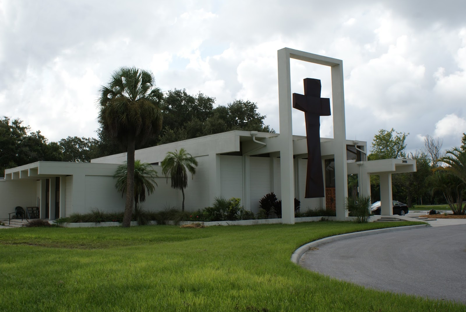 the west coast church of the cross as it is known at the time of this posting can be found at 3005 s tuttle ave sarasota fl 34239 just north of the