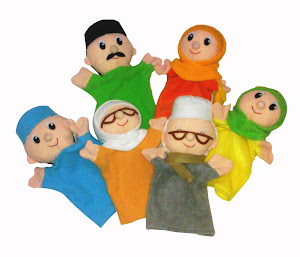 Boneka tangan keluarga Muslim HalfBody