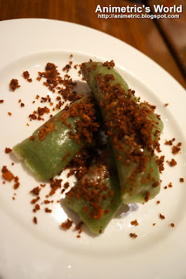 Suman sa Pinipig at East Cafe