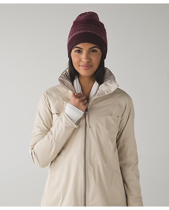 lululemon snow-amazing-toque