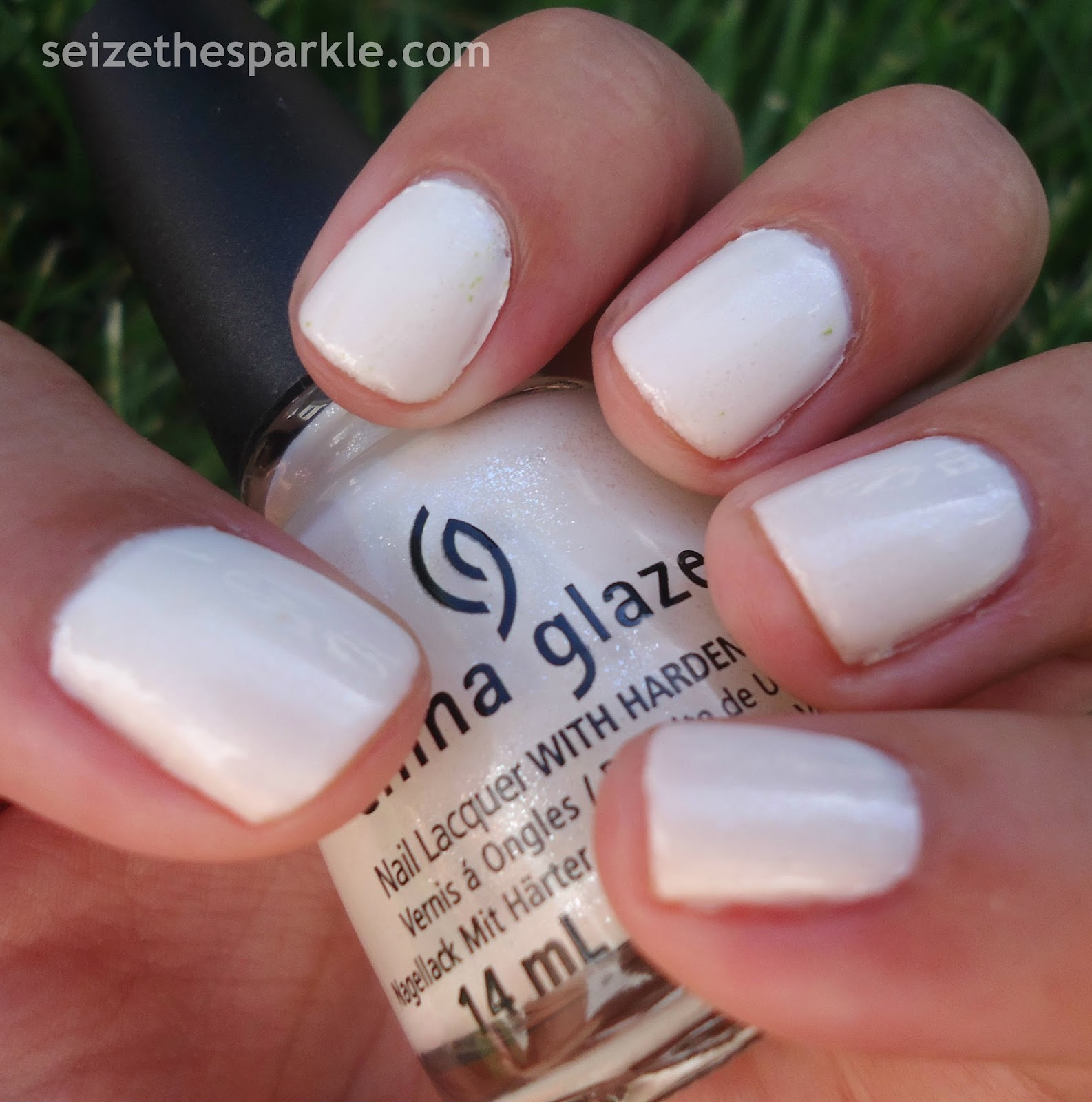 Dandy Lyin' Around by China Glaze