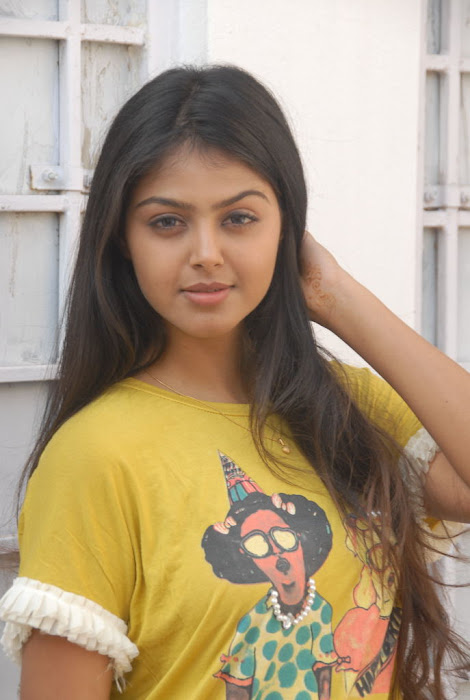 monal gajjar new new movie launch unseen pics
