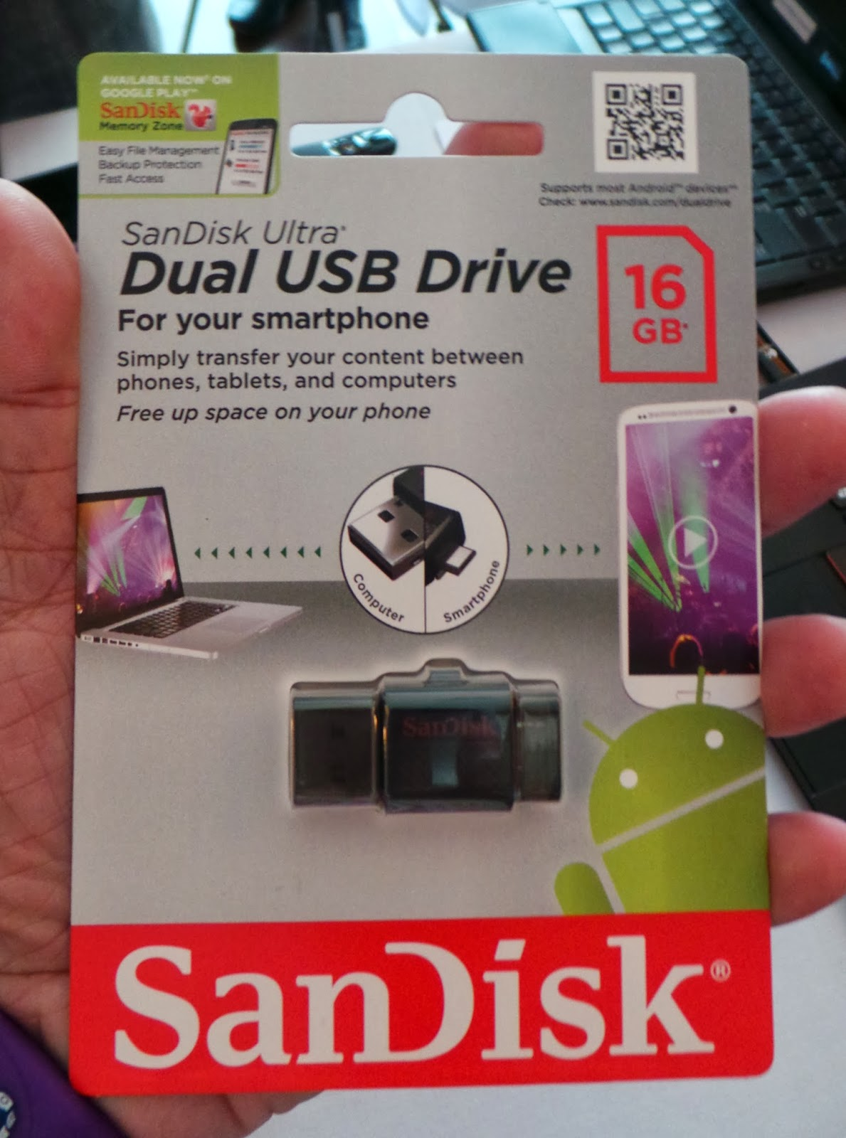 Sandisk Announces Ultra Dual Usb Drive 30 With Microusb And Sddd2 128gb Launches A That Can Be Used On Smartphones Tablets Allows Users To Easily Store Or Backup Data Free Up Space