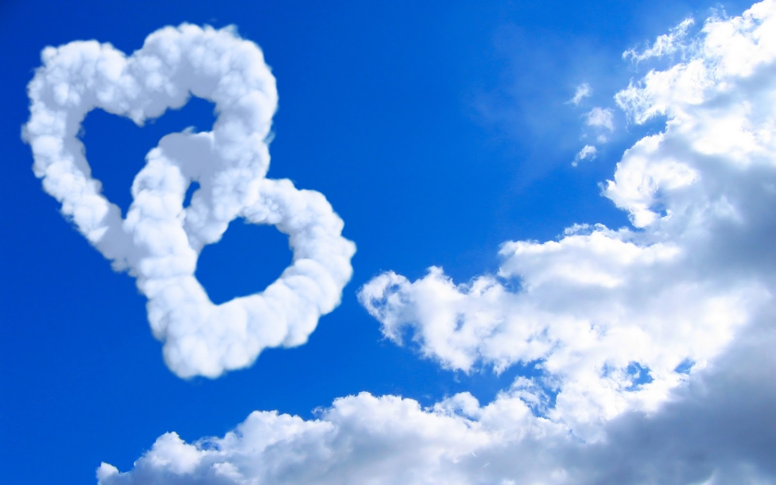 Free Wallpaper Dekstop: 3d love with clouds wallpaper, wallpaper for desktop