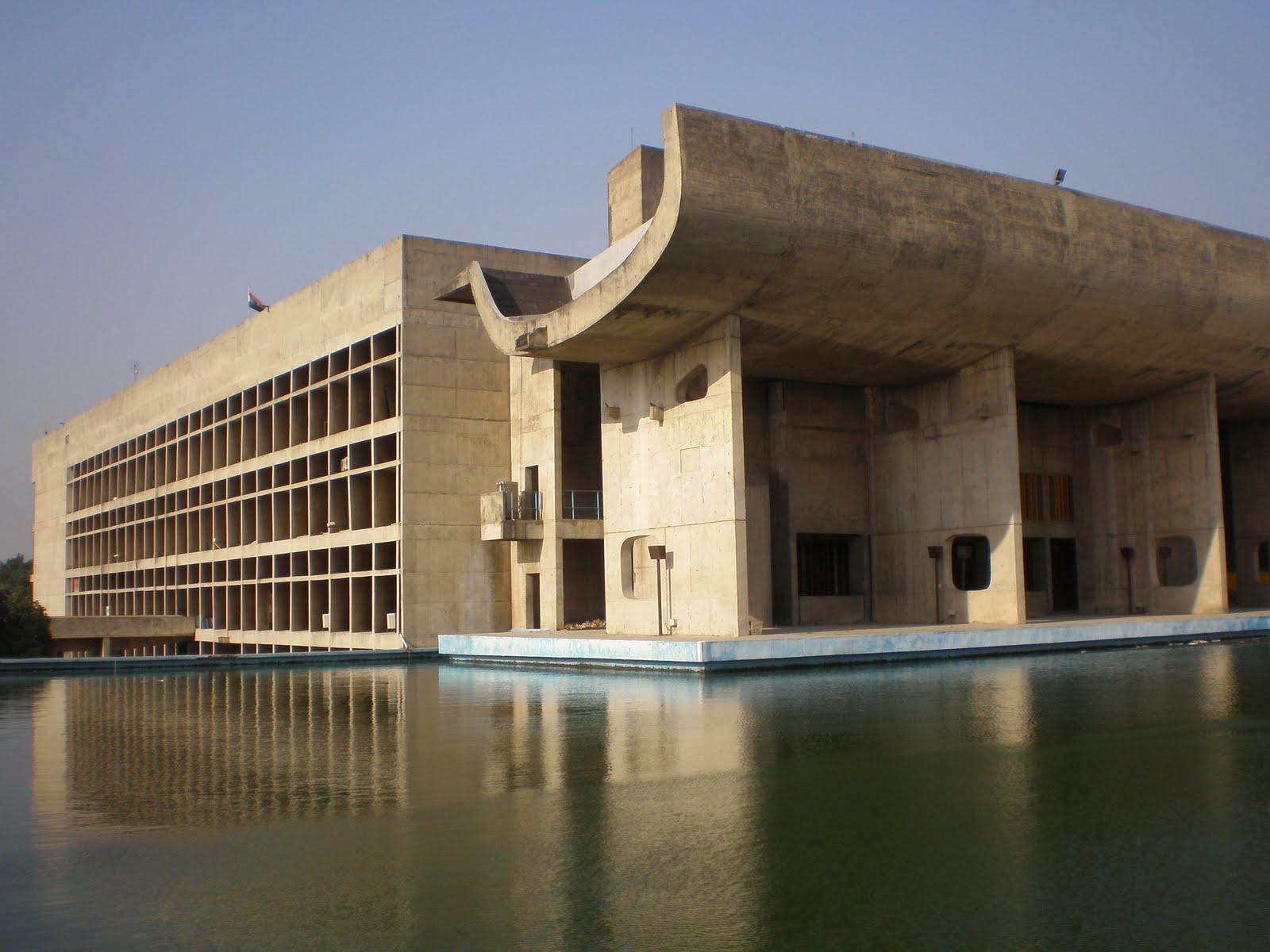 Spontaneous architecture chadigarh for Architecture le corbusier