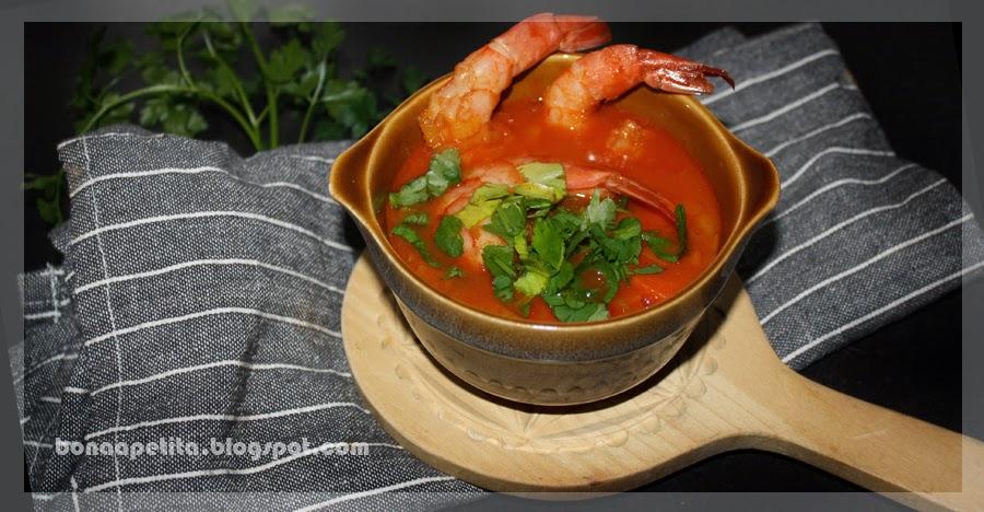 Słodko-kwaśno-ostro-rozgrzewająca zupa z krewetkami