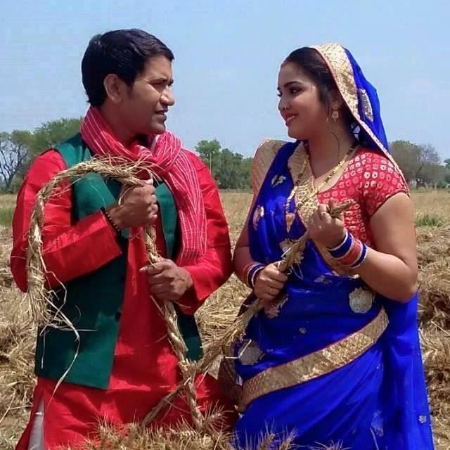 Photo of Bhojpuri New actress Amrapali and Dinesh Lal Yadav 'Nirahua' On Set form Raja Babu