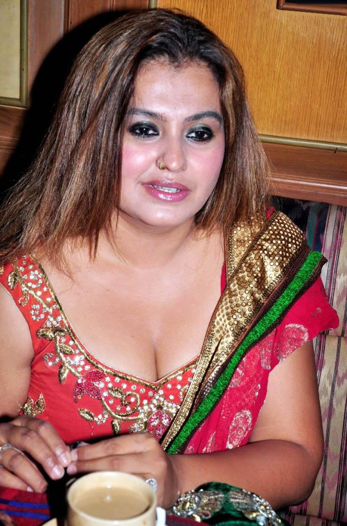 Sona Heiden South Indian Sexy Actress ~ Hot Actress Video