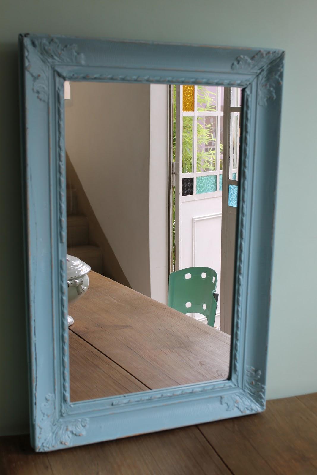 Marcos con espejos deco marce tienda for Pintar marco espejo