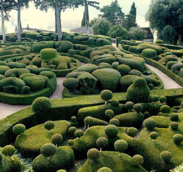 Amazing Topiary: Art Now And Then: Topiary