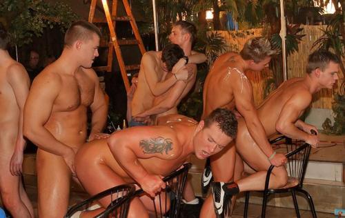 gay sex clubs long island