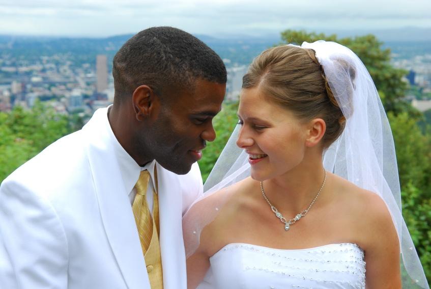 Matrimonio Interracial Biblia : El amor septiembre