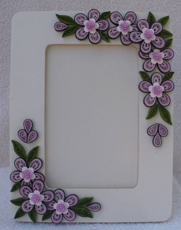 Let\'s create: Quilling Photo Frames and Flowers