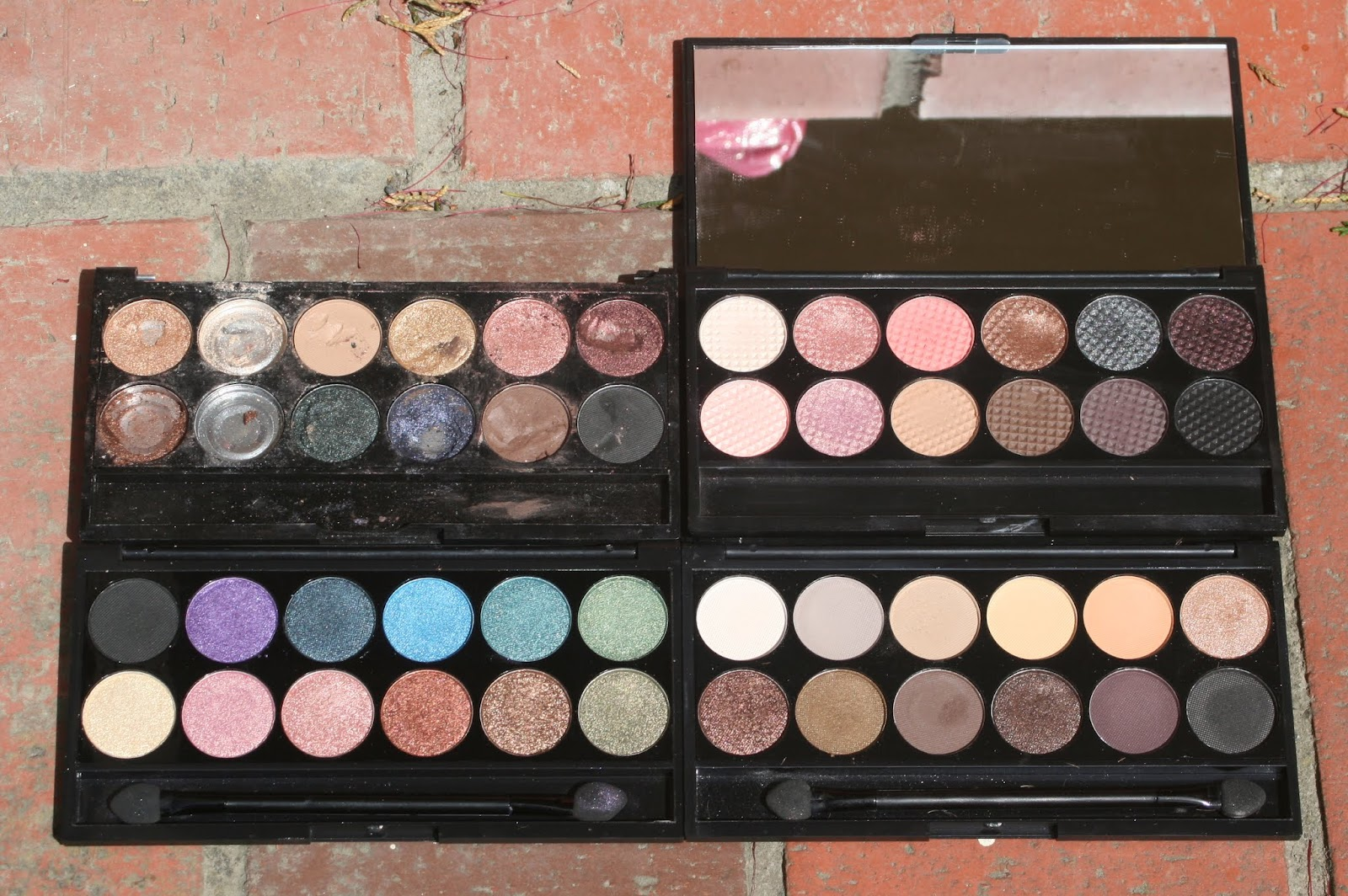 Sleek palettes - Storm, Oh So Special, Original and Au Naturel