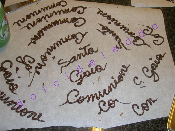 Scritte Di Cioccolato Lattemiele