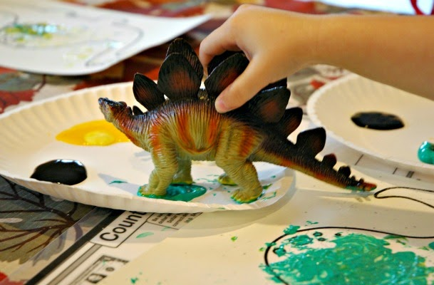 Dinosaur Stomp Painting- Preschool Process Art