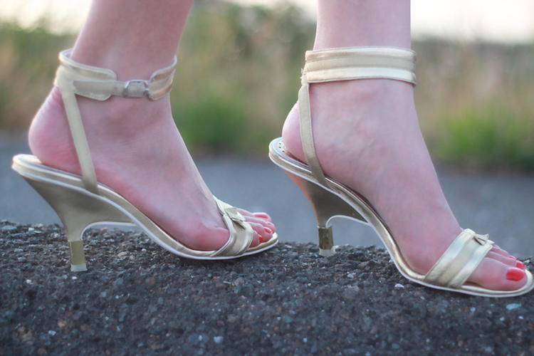 gold metallic ankle strap heel sandals bow