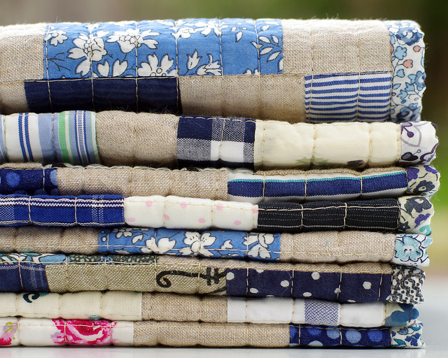 Worn and Washed Strip Quilt - binding | Red Pepper Quilts 2015
