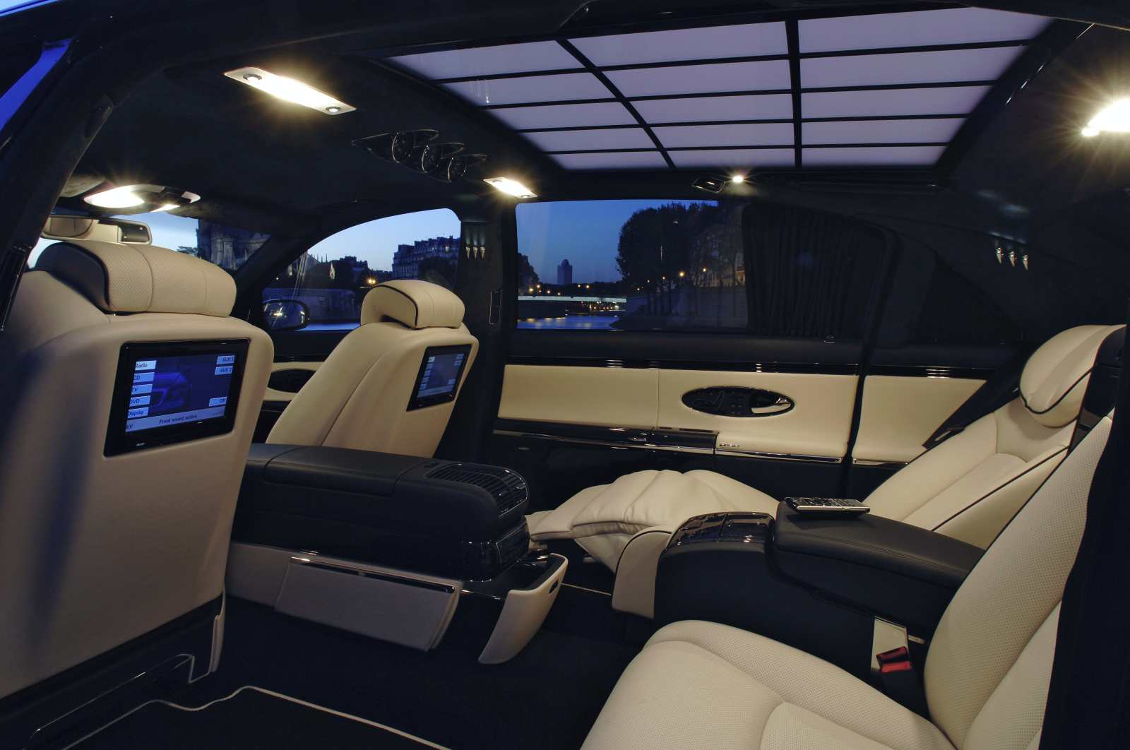 stylish car and interior maybach 62s for luxury car luxury interior. Black Bedroom Furniture Sets. Home Design Ideas