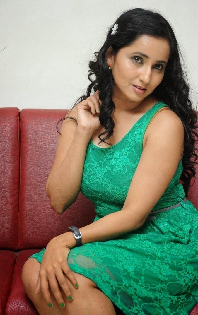 Ishika Singh at Antha Akkade Jarigindi Telugu movie audio launch
