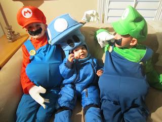 Mario, Luigi, mushroom