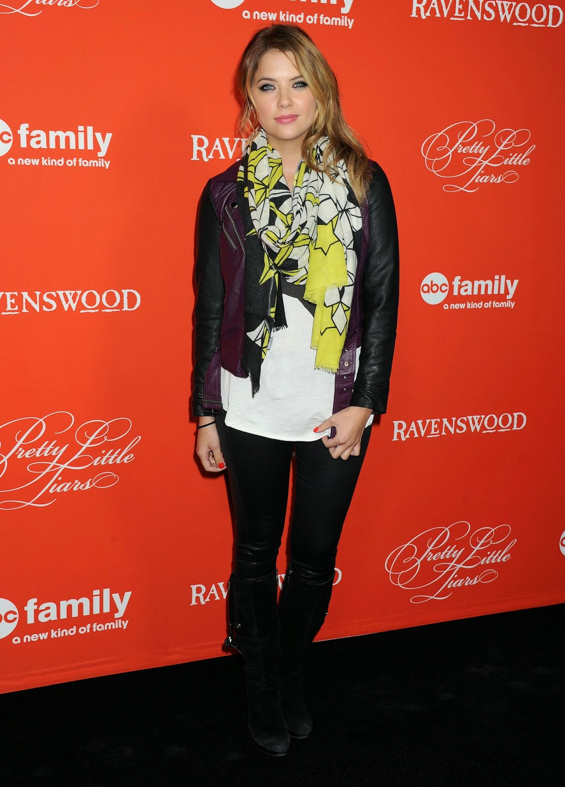 She Plays Popular Fashionista Hanna Marin On Pll Whose Style We