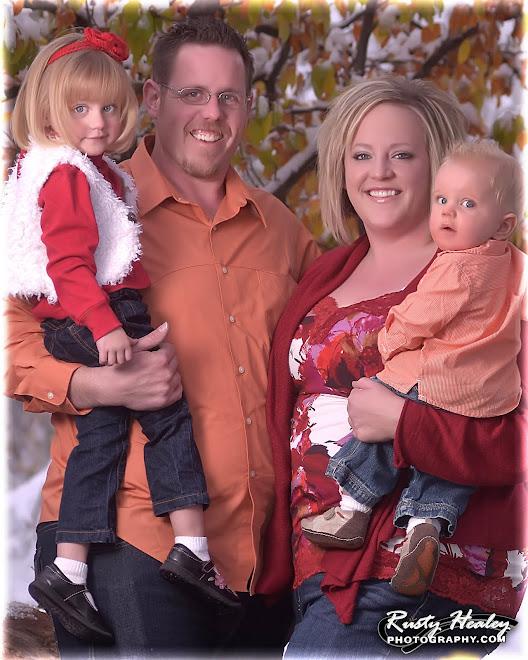 Jeremy, Robyn, Elise & baby Ryan!!