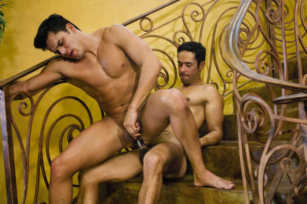 Секс с крепкими мужиками, Жестокое порно. Тут только жесткое видео, мужики 3 фотография