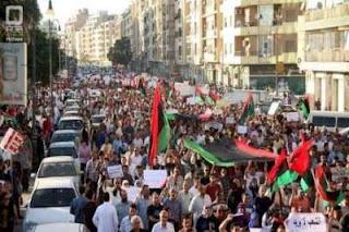ليبيا: السجن سنة لمن يخرج في مظاهرة من دون إخطار السلطات