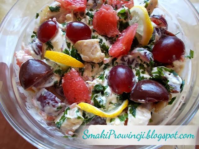 Sałatka drobiowo – owocowa - przepis