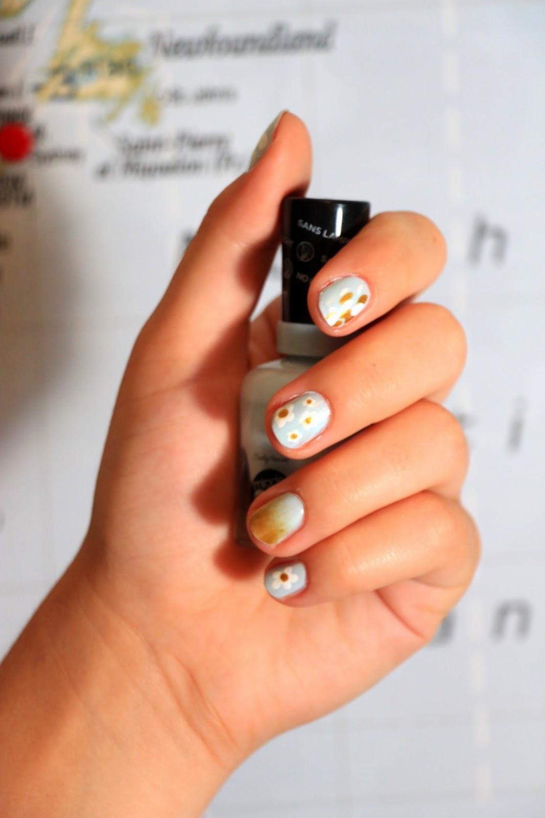 nail art, manucure, verni Sally Hansen, Miracle Gel, nails, Daisy nail art