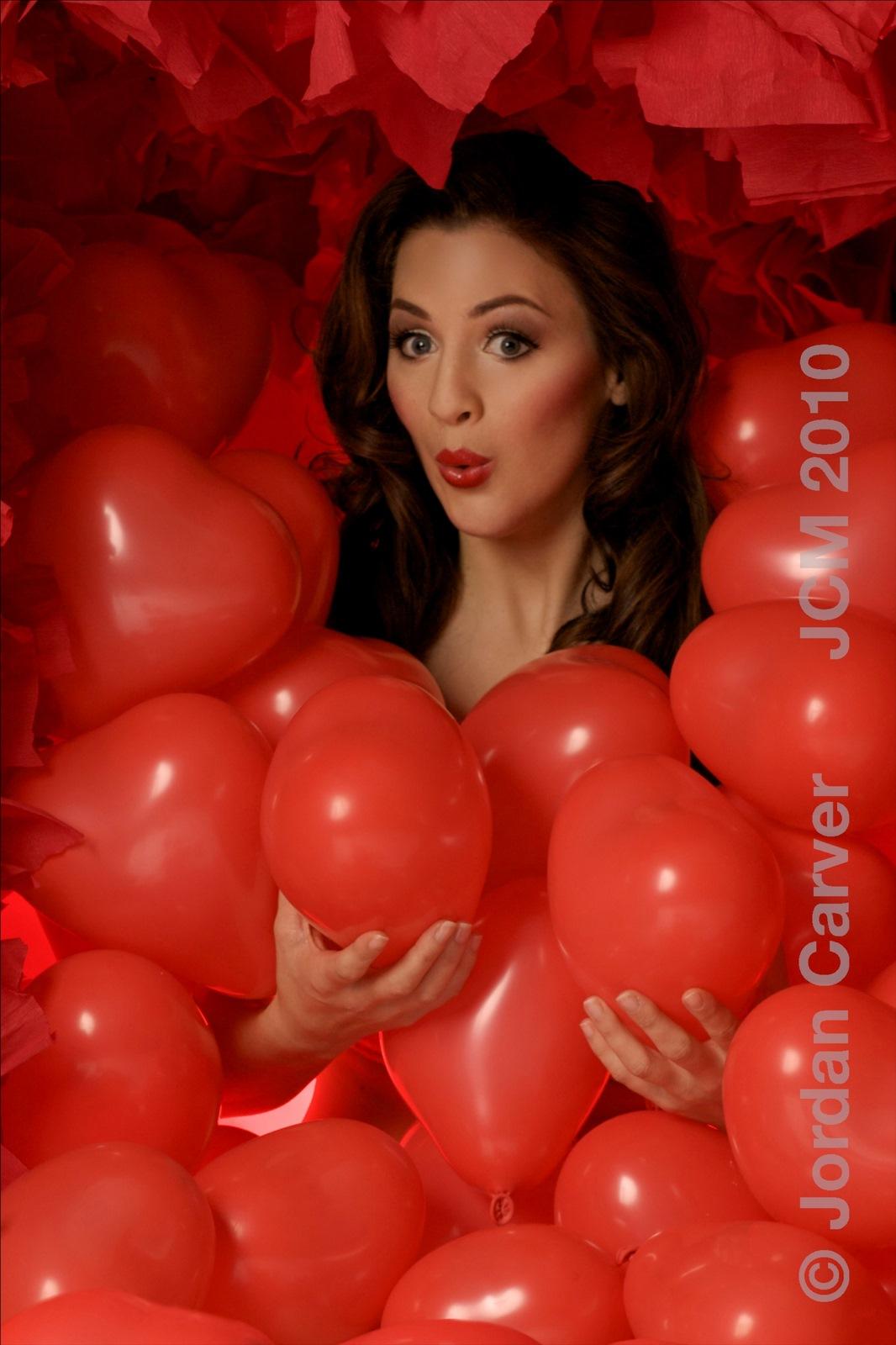http://2.bp.blogspot.com/-pOs61Las8DQ/TenRhOhNlII/AAAAAAAAAmQ/IqU5Ujt4YhA/s1600/Jordan_Carver_Photo_Valentine+%252810%2529.jpg