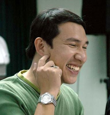 Hình ảnh về nụ cười của nghệ sĩ Quang Thắng bị chụp trộm
